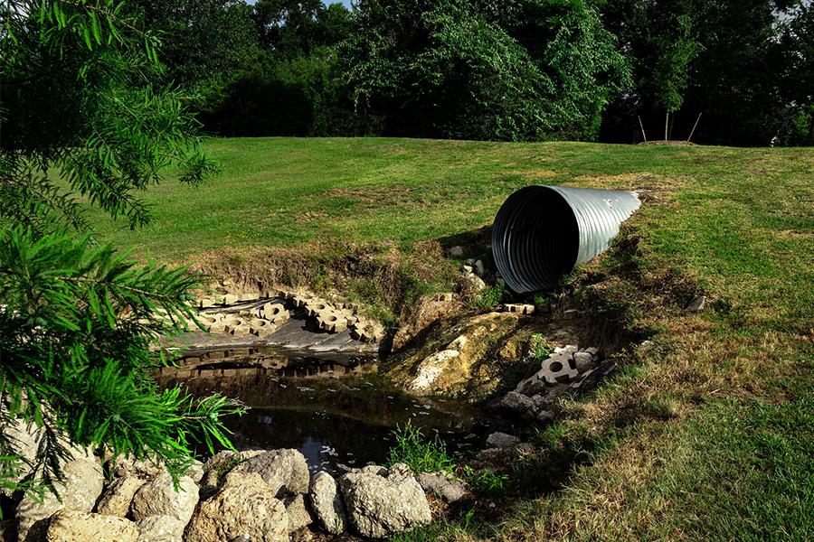 Los efectos contaminantes de las aguas residuales industriales