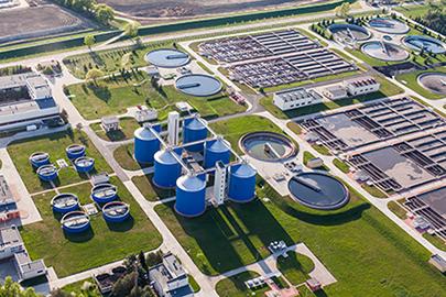 Tratamiento de aguas residuales para envases biodegradables